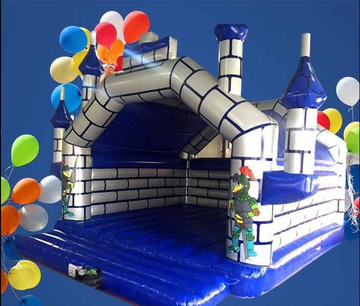 Large Adult Turreted Castle 8m x 8m 1405